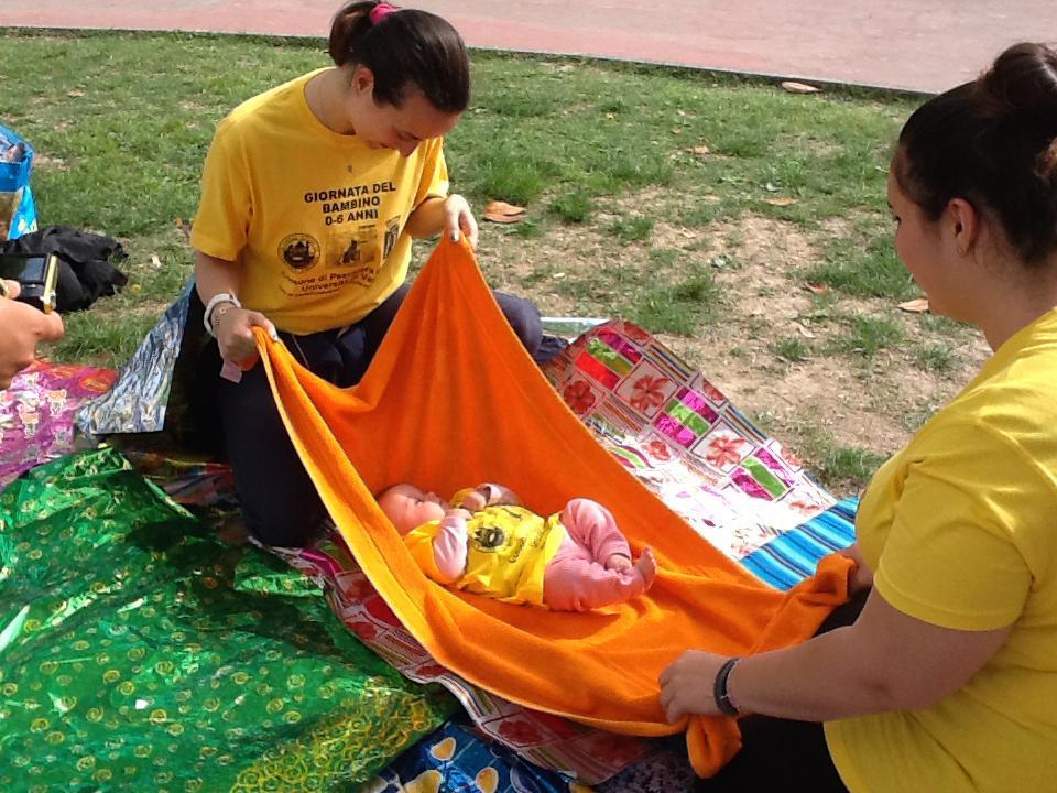 Un momento della Giornata del Bambino a Peschiera del Garda l'11 maggio 2015