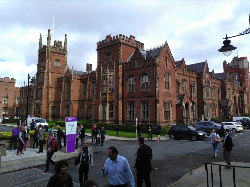 Una foto della Queen's University di Belfast, Irlanda del Nord. (HEPA Europe 2016)