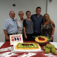 Il Professor Fumagalli e la dottoressa Tortella con alcuni relatori del convegno